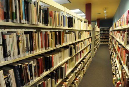 Solde de livres des bibliothèques de Saint-Jean