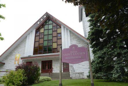 Une dernière messe à l'église Saint-Lucien