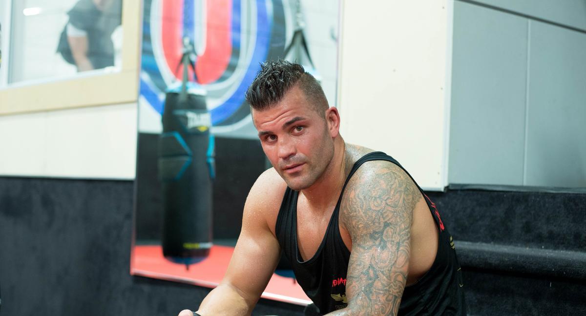 Steve Bossé dans l'arène de boxe