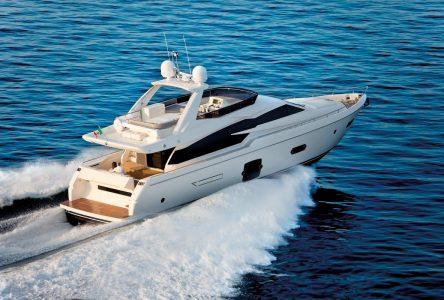 Yachts de luxe à vendre sur Richelieu
