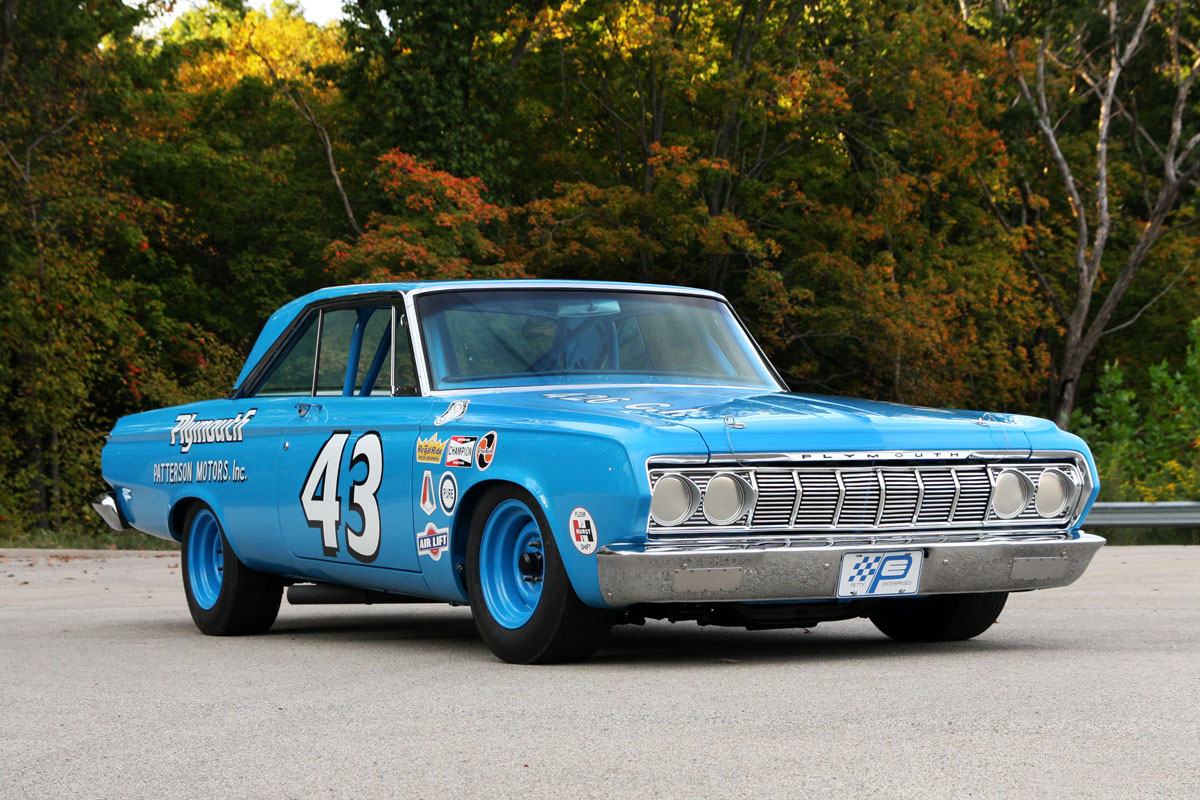 6 décembre 1963 – Chrysler teste son premier moteur 426 Hemi