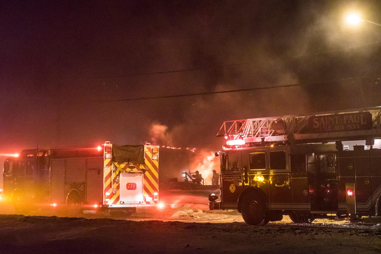 Un incendie détruit le Phare de l'Île