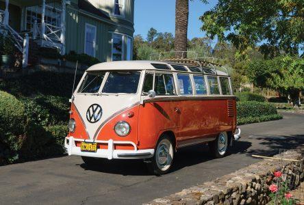 8 mars 1950 –Volkswagen introduit le Microbus sur le marché