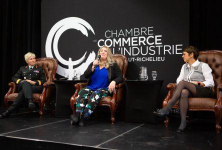 Le leadership au féminin vu par trois femmes