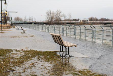 Le niveau redescend après avoir frôlé le seuil d'inondation