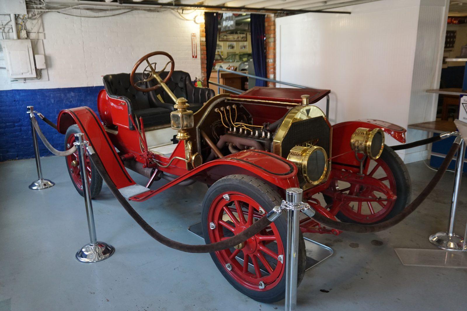 2 juillet 1909 – Hudson fabrique sa première voiture