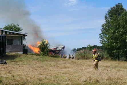 Incendie sur le rang Saint-Édouard