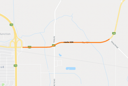 La route 104 asphaltée sur 2,5 kilomètres