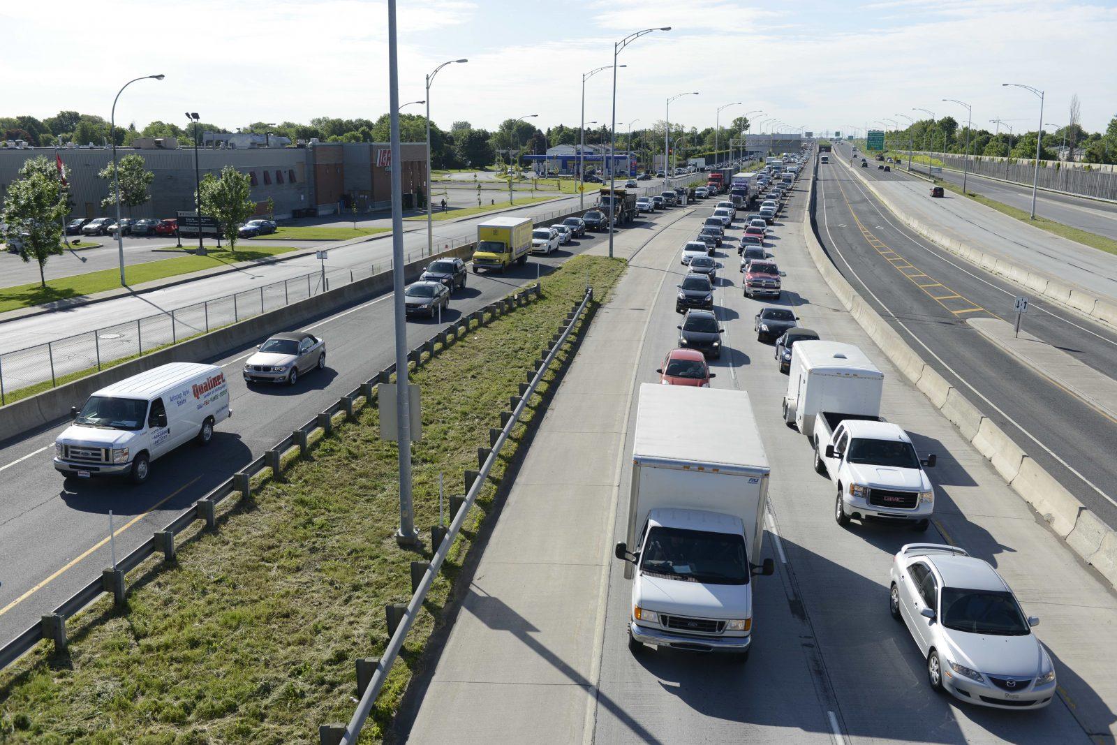 14 200 Johannais travaillent dans le Grand Montréal