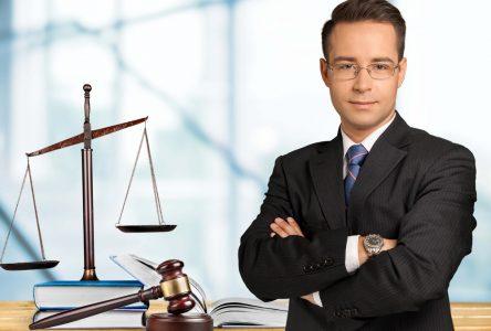 Comment fonctionne le service d'avocat en aide juridique au Québec?