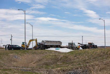 Un camion se renverse à Iberville