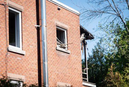 Un incendie cause 25 000$ de dommages sur Latour
