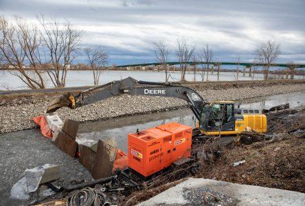 Réfection de la berge du canal: six semaines d'entraves sur la rue Champlain