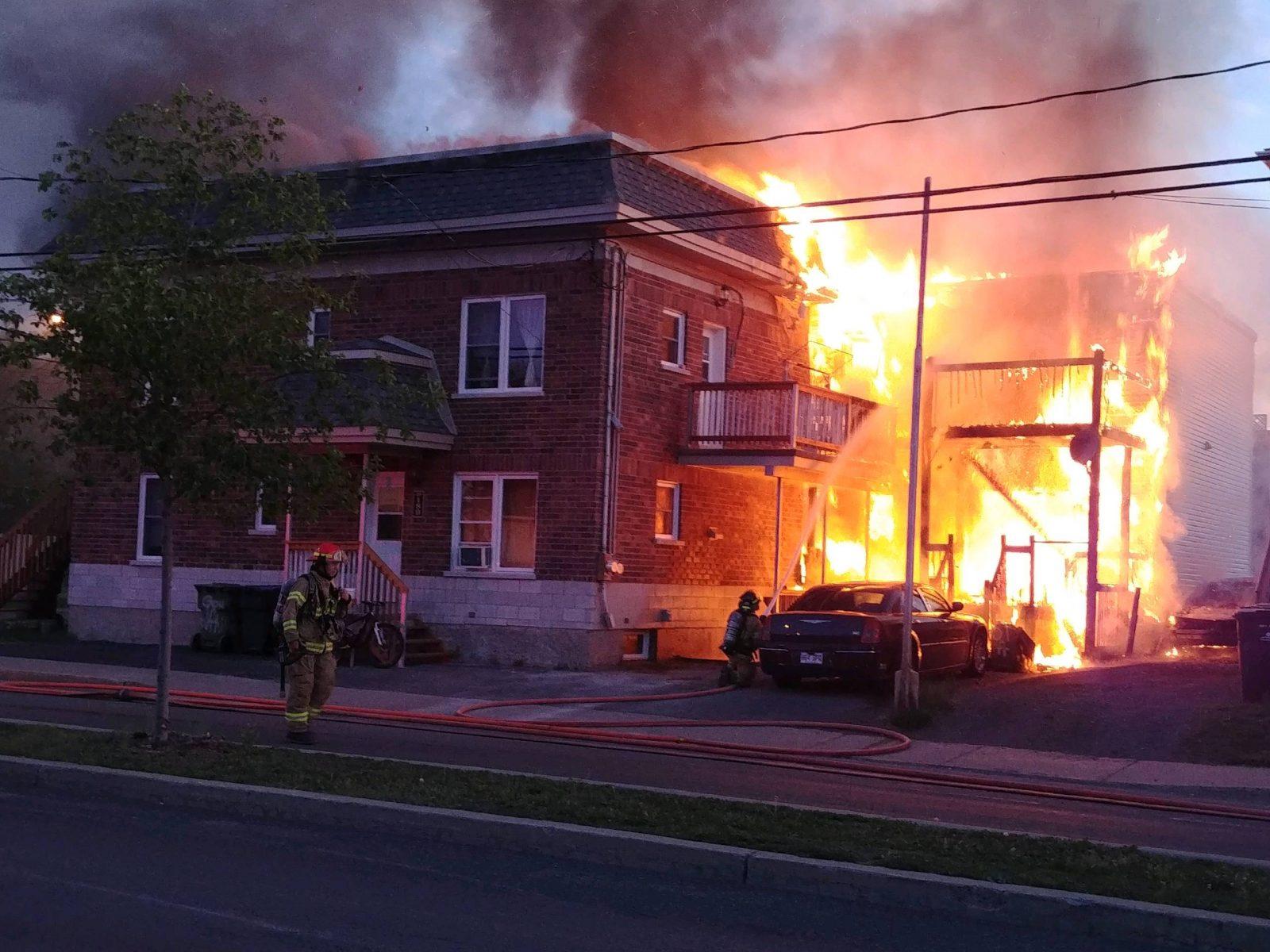 Incendie dans le secteur du boulevard Gouin