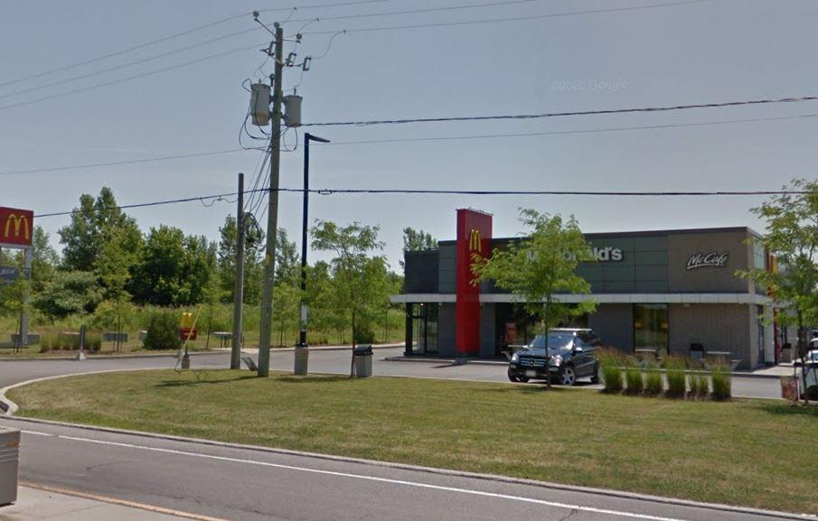 Un employé du McDonald's à Iberville positif à la COVID-19