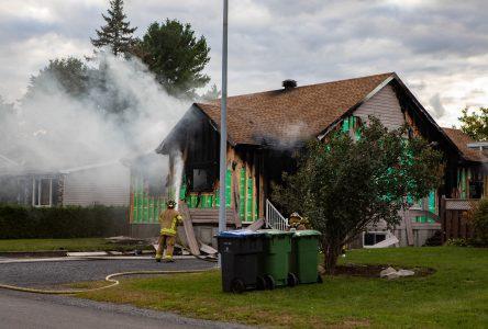 Une maison incendiée à Saint-Luc