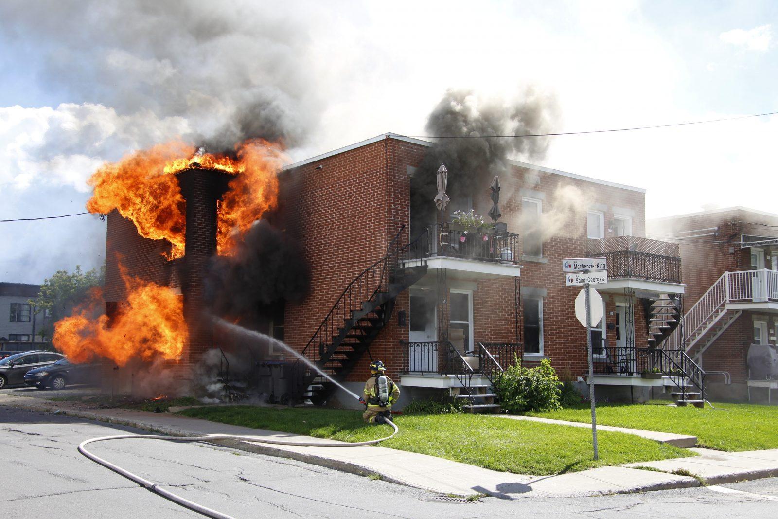 Important incendie sur Mackenzie-King