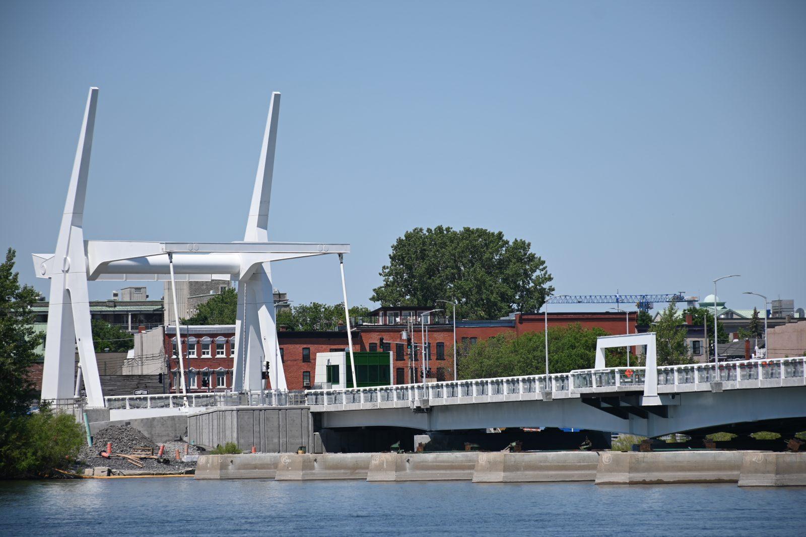 Circulation en alternance sur le pont Gouin lundi