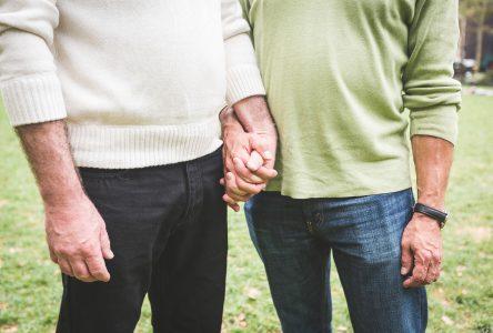Une conférence sur la réalité LGBTQ+ chez les aînés
