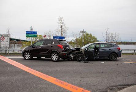 Ivre au volant, elle frappe trois autos sur Champlain