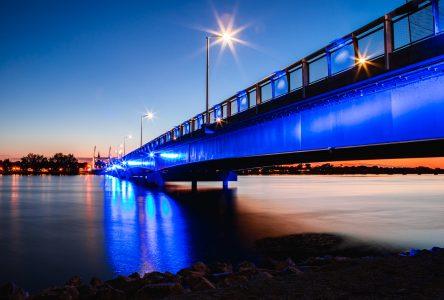 Dépassement de coûts de 20 M$ pour le pont Gouin